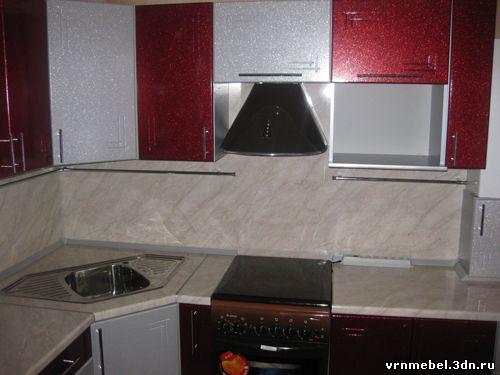 Небольшая угловая кухня kuhni nedorogo 19